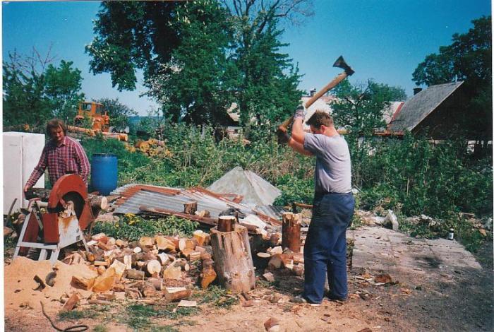 Štípání dřeva